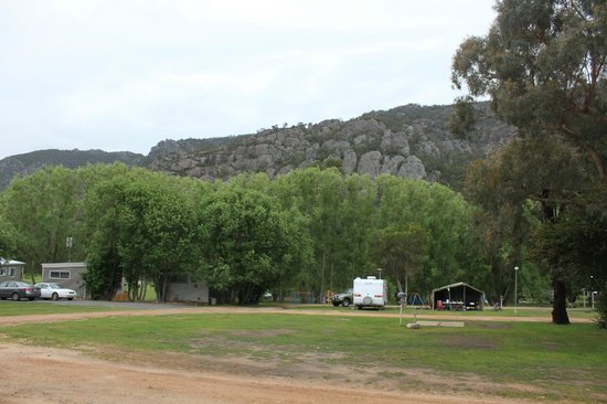 Halls Gap Lakeside Tourist Park: Our view from our powered site