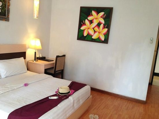 Puri Saron Seminyak : deluxe room