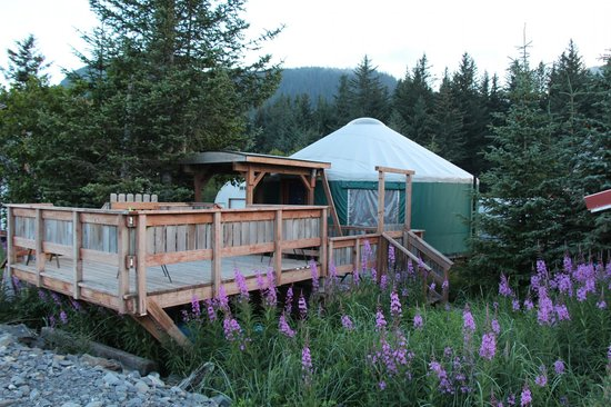 Alaska Base Camp: the yurt