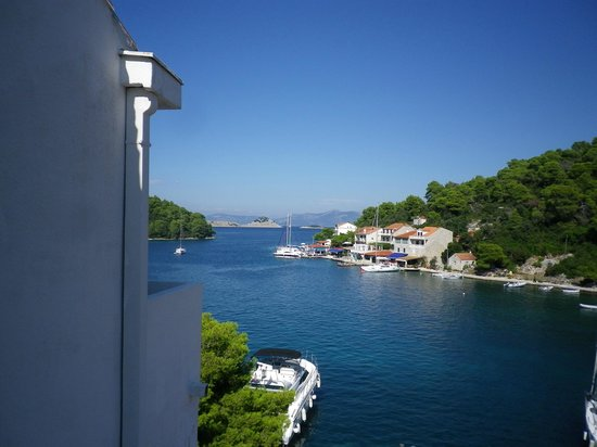 Hotel Odisej Mljet : View of the water from our window
