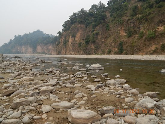 The Corbett Hideaway: River view at the back of the resort