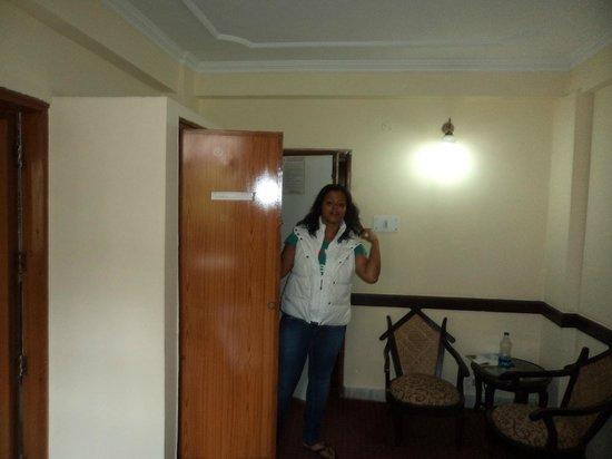Kunzam Hotel: inside the room
