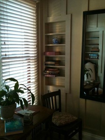 MacCallum House Inn: Our room