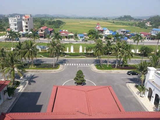 Song Gia Resort Complex: View from outside veranda