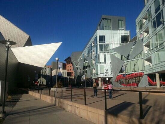 Denver Art Museum : Exterior of museum