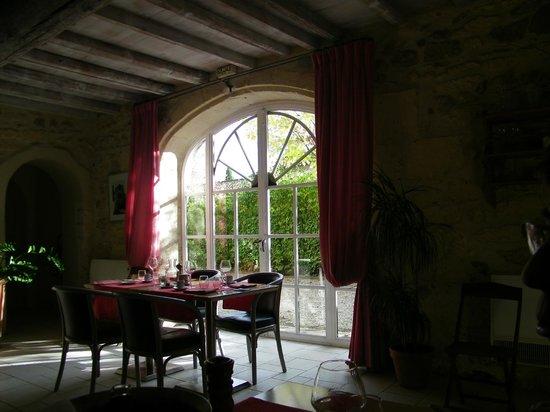 Restaurant LA PETITE FRANCE : salle interieure