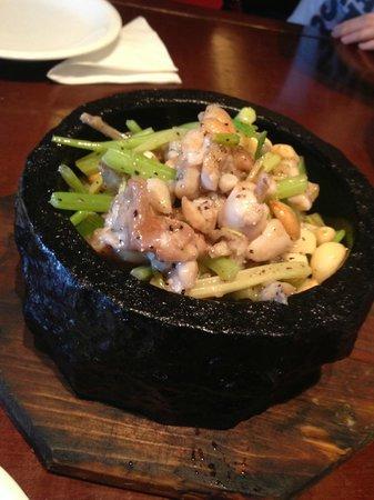The Grandma's Restaurant (Wai Po Jia): Жабьи лапки с сельдерем
