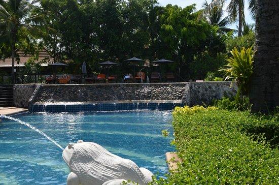 Bandara Resort & Spa: Beach pool fountain