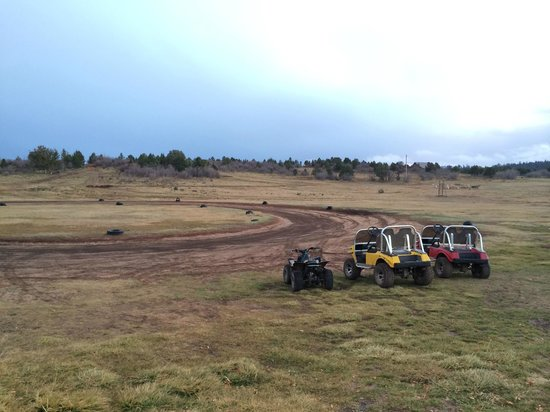 Zion Ponderosa Ranch Resort : ATV / dirt riding course