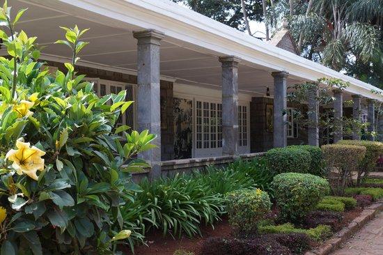 Karen Blixen Museum : Lush garden, planted by Karen Blixen