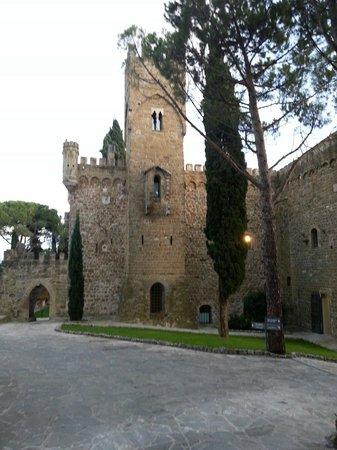 Castello di Monterone: Entrata del castello