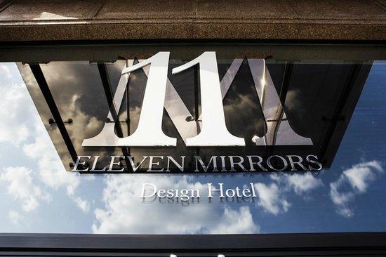 11 Mirrors Design Hotel: Logo