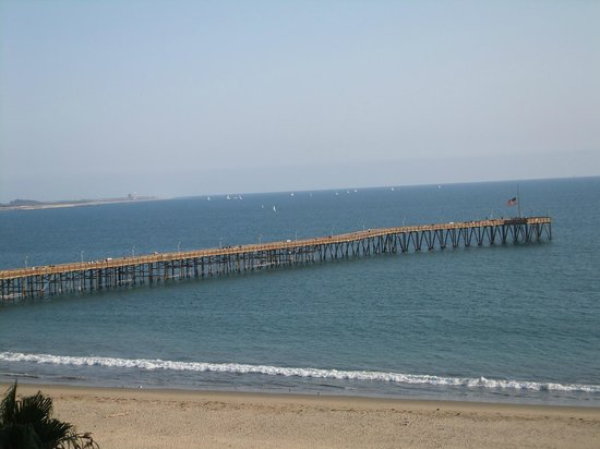Crowne Plaza Ventura Beach: View from our room (Ventura Pier) - we stayed there on 9-11