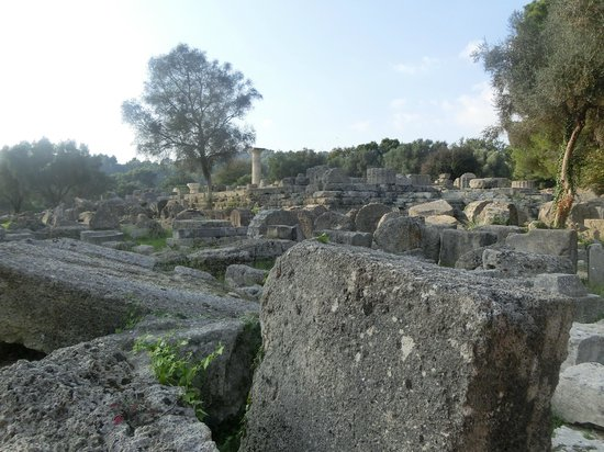 Ancient Olympia: vestiges