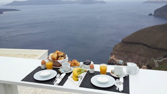 Hotel Thireas: Breakfast