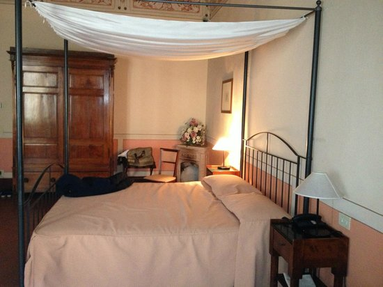 Hotel L'Antico Pozzo: camera quadrupla
