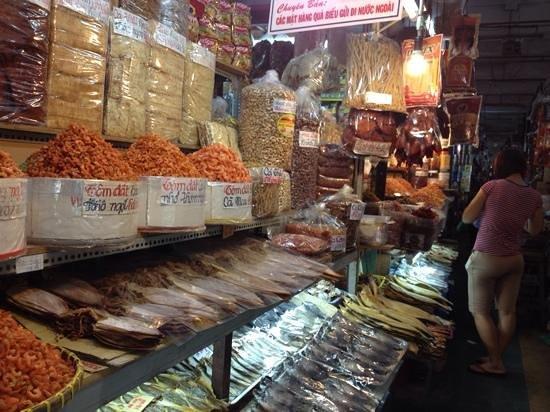 Saigon Street Eats: dried seafood market