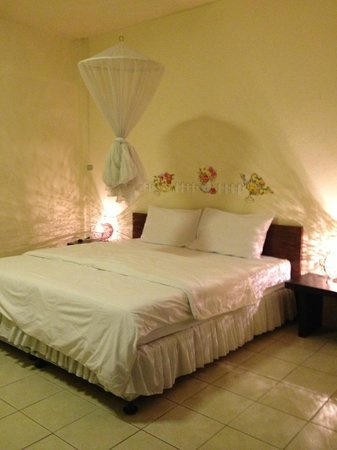 Anong House: double bed room