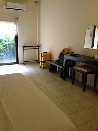 Anong House: spacious double room
