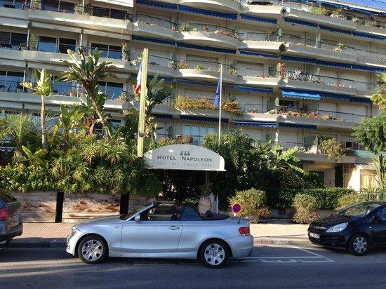 Hotel Napoleon : Hotelfront
