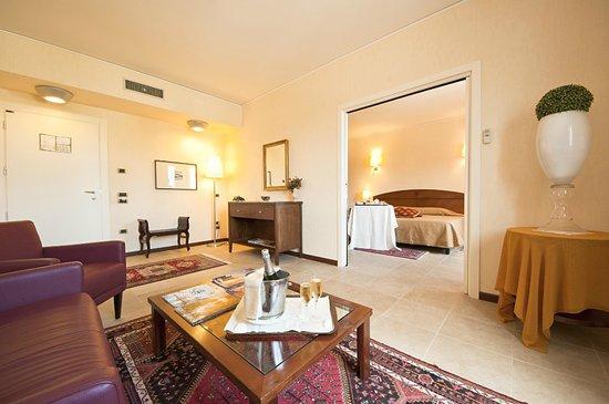 Grand Hotel Paestum Tenuta Lupo': Suite hotel