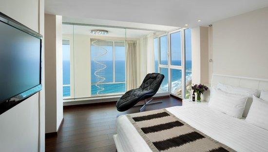 Island Suites Hotel: Suite