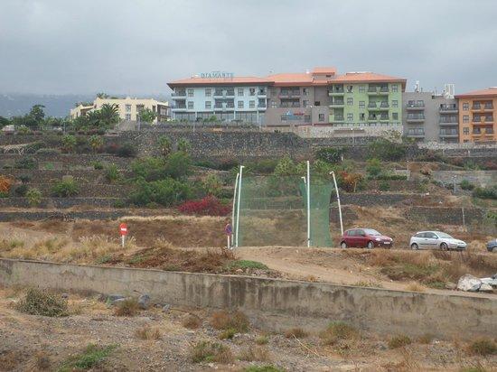 Photo prise du terrain vague et d potoir hotel diamante suites puerto de la cruz - Diamante suites puerto de la cruz tenerife ...