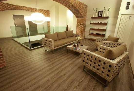 TAWAN Thai massage centers