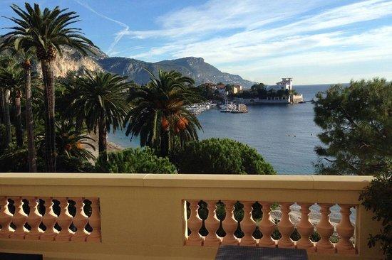 Hotel Royal-Riviera : Vue de notre suite