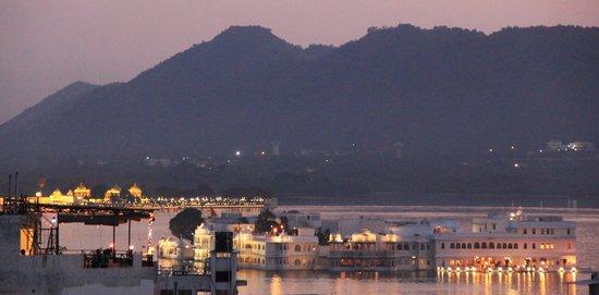 Madri Haveli : Taj Lake Palace from the rooftop restaurant