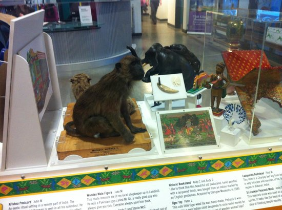 Glasgow Museums Resource Centre: Little bit of the museum in the waiting area!