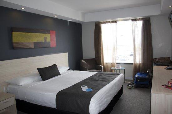 Mantra Tullamarine Hotel : Room photo