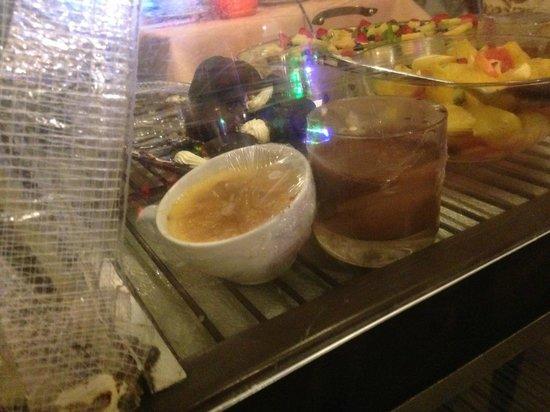 Trattoria Verdi Restaurant: The desserts not looking quite inviting