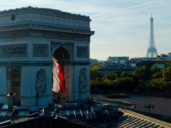Adagio Access Paris Tilsitt Champs Elysees - ex-Citea : Views across paris from the hotel
