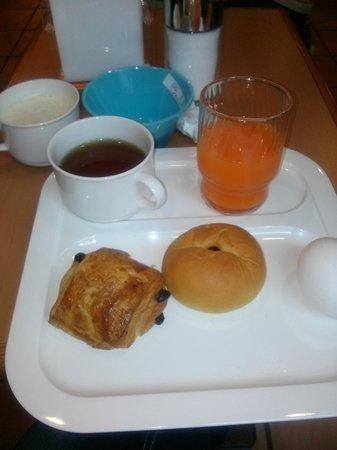 R&B Hotel Shinyokohama-ekimae: 無料の朝食