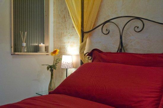 Light Of Rome B&B: camera matrimoniale