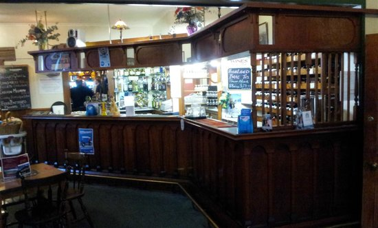 The Richmond Arms : The Bar