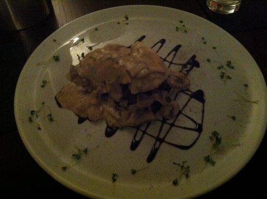 Bar 1 And Restaurant: Chicken mushroom rosti! Mmmmm