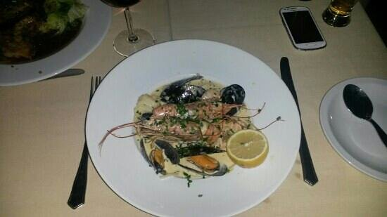 Castelo do Mar Restaurante & Bar: Seafood Linguini
