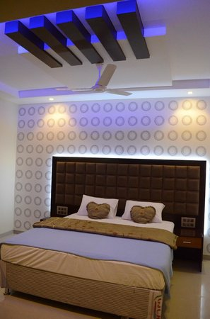 Dhule, India: Superior Rooms
