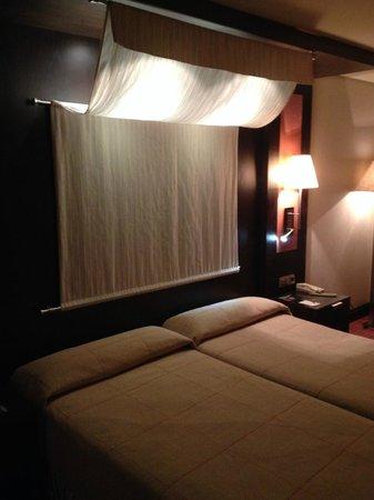 Hotel Córdoba Center: Camas muy cómodas