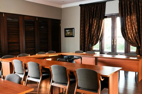Candlewoods Guesthouse: Conference Room