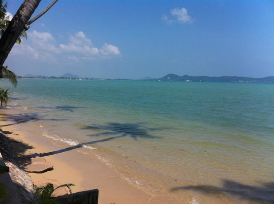 Friendship Beach Resort & Atmanjai Wellness Centre: Spiaggia dell'Hotel
