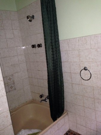Angaston Vineyards Motel: Bathroom (suite 21)