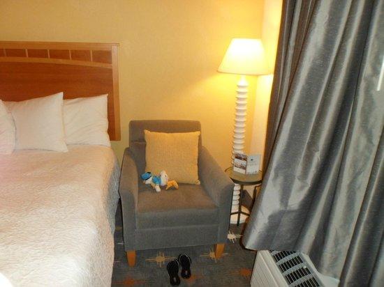 Hampton Inn Hallandale Beach/Aventura : para ler e relaxar..um dos melhores quartos que já fiquei em hotéis