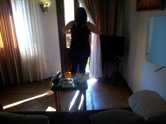 Apartamentos Muralla Ziri: Salon