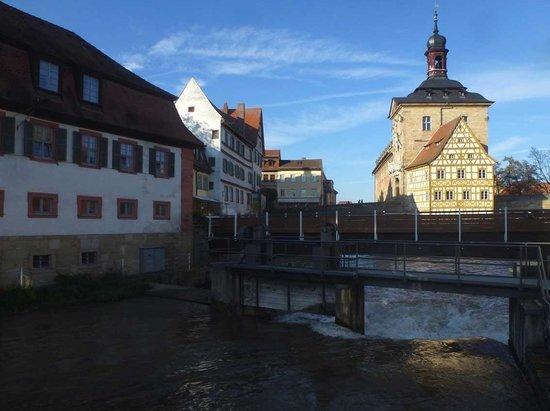 Altes Rathaus : Einblick von der SE-Seite