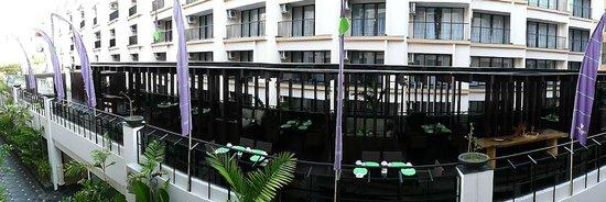 Park Regis Kuta Bali: Taken from my balcony ( Standard Room )