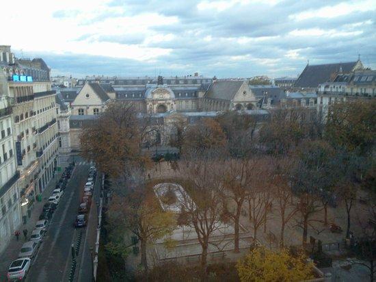 Hotel Le 123 Sebastopol - Astotel: vue de la chambre