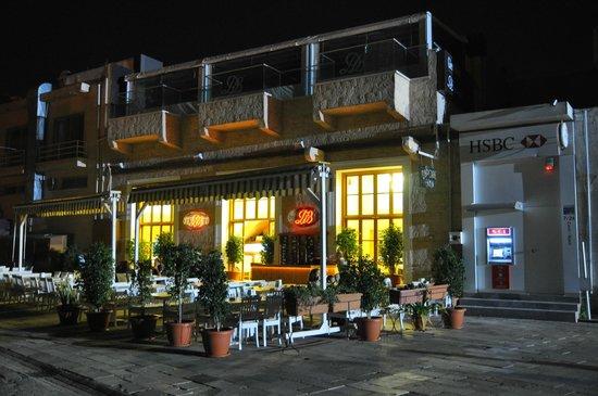 D & B Cafe Restaurant
